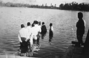 slide29_local churches baptizing in Paradise Lake